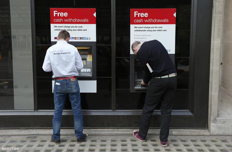 A világ bankautomatáinak harmada Windows XP-n futott április. 2.2 millió automatát frissítettek világszerte újabb rendszerekre