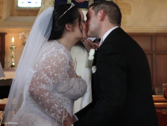 Az esküvő tavaly szeptemberben volt