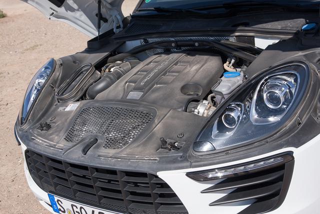 Kicsit összeporoztuk, de azért az ott egy Audi-dízel, amit átdolgoztak a Porschénél