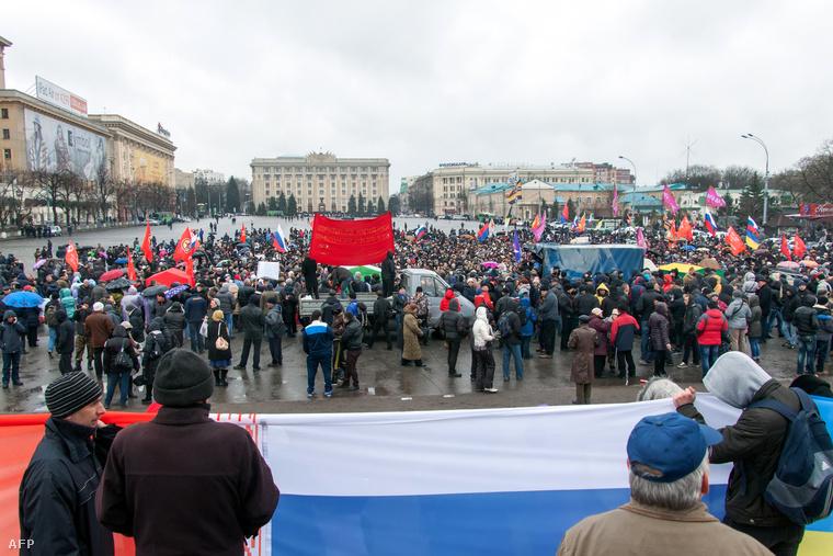 Oroszpárti tüntetés Harkovban