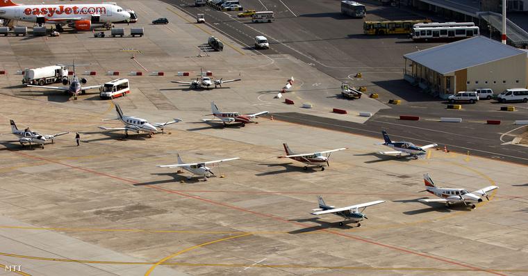 A kisgépes terminál