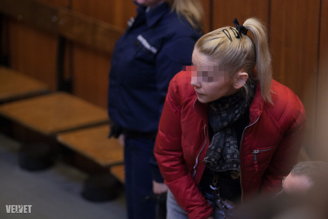 Eva Varholíková-Rezešová a november 22-i ítélethirdetésen.