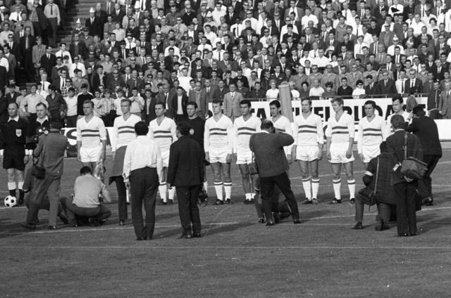 Népstadion, 1968. május 4. Magyarország-Szovjetunió EB mérkőzés. A magyar csapat: Mészöly, Solymosi, Ihász, Fatér, Szűcs, Farkas, Göröcs, Fazekas, Varga, Rákosi, Novák.