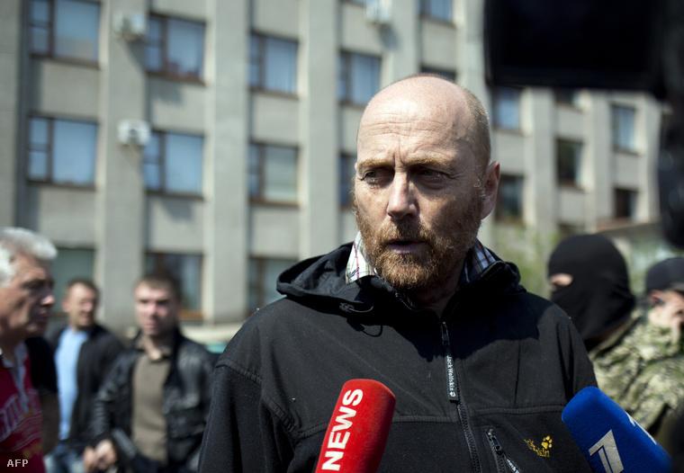 Axel Schneider EBESZ-megfigyelő nyilatkozik közvetlenül kiszabadulása után.