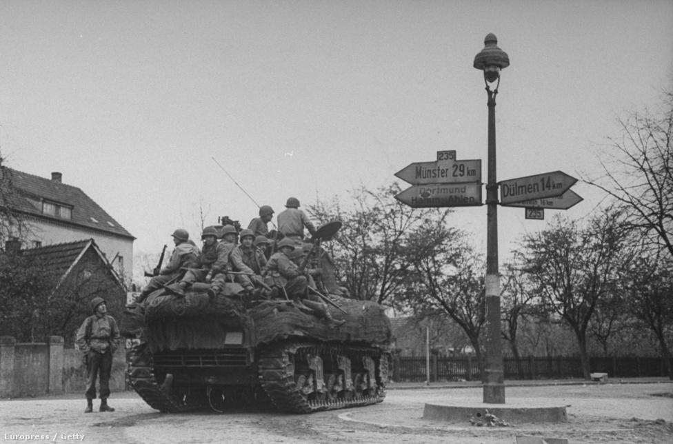 Amerikai tank egy berlini utcán