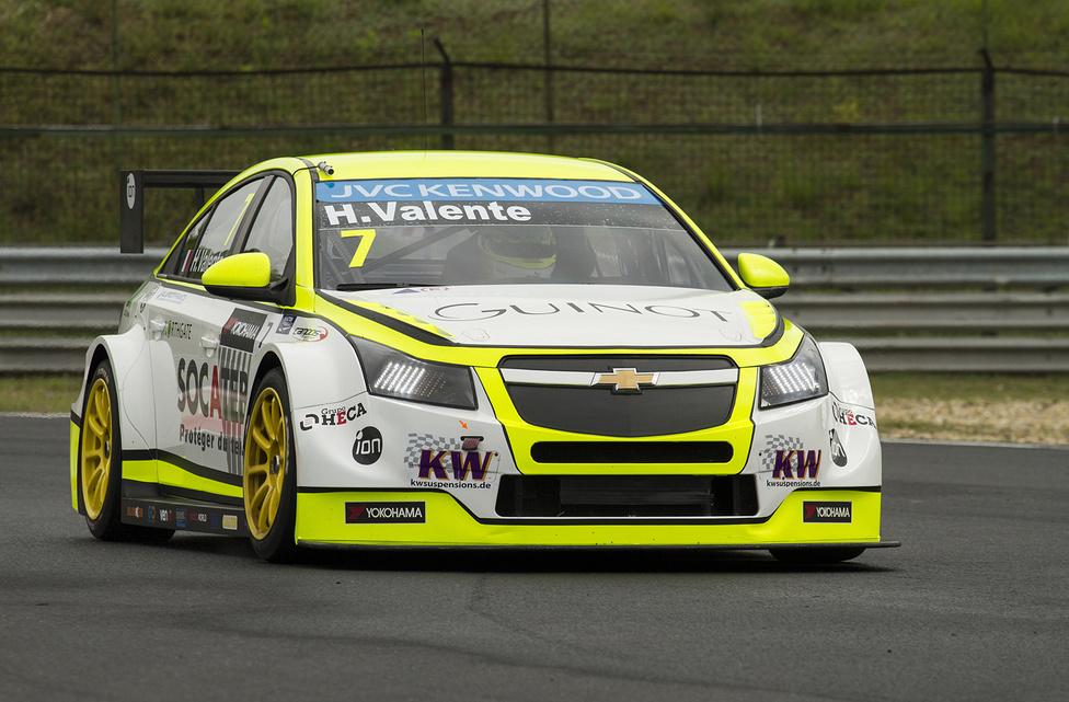 Huszonegy évesen első teljes WTCC-szezonját teljesíti épp a francia Hugo Valente. A Campos Racing versenyzője a szezonnyitó után ismét dobogóra állt. Akárcsak Marrákesben, úgy most is a második futamon lett harmadik.