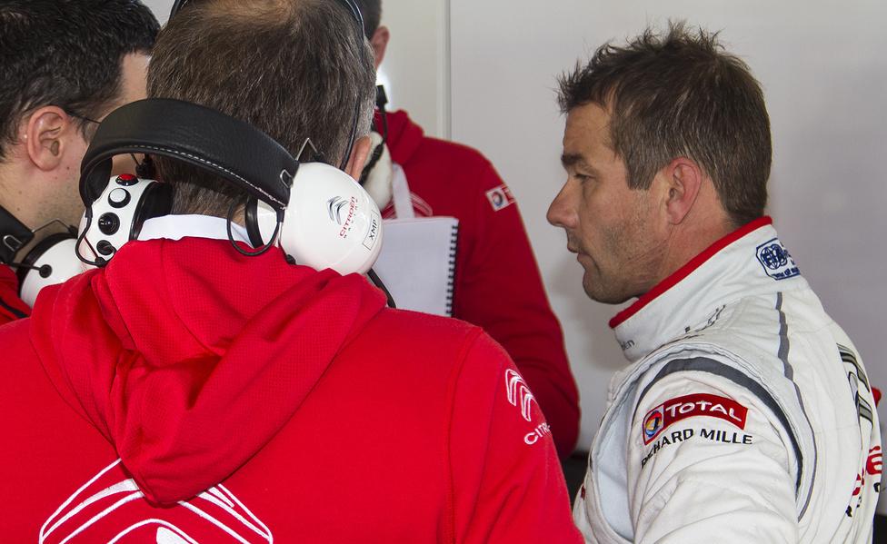 Sébastien Loeb eddigi rövid túraautós pályafutása legrosszabb hétvégéjén volt túl. A hungaroringi 7. és 9. helyezések megviselték a kilencszeres rali-világbajnokot, a Slovakiaringen viszont hamar megtalálta a tempót.