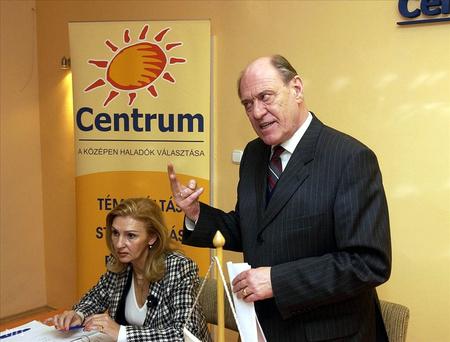 Kupa Mihály, a Centrum párt volt elnöke és Pászti Ágnes