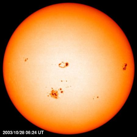 Napunk képe aktívabb periódusában (Forrás: SOHO)