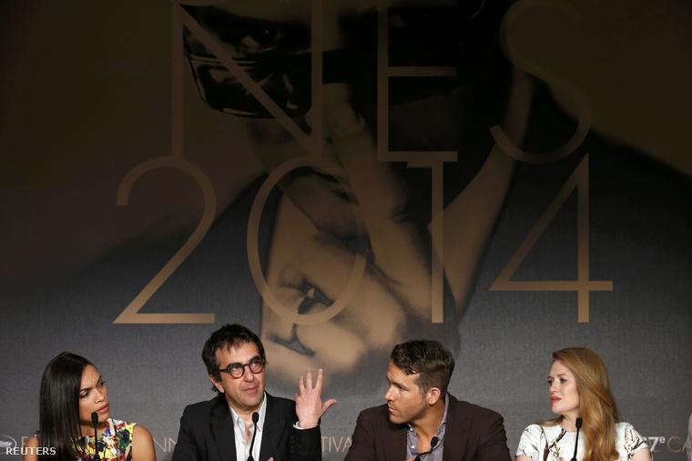 Rosario Dawson, Atom Egoyan, Ryan Reynolds és Mireille Enos