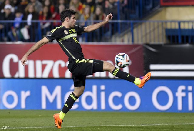 Diego Costa a brazil és a spanyol válogatottban is Olaszország ellen mutatkozott be