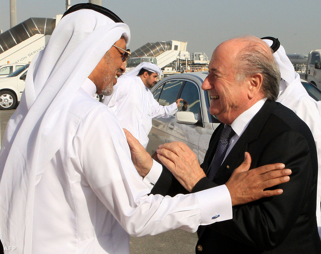 Bin Hammam és Blatter Katarban