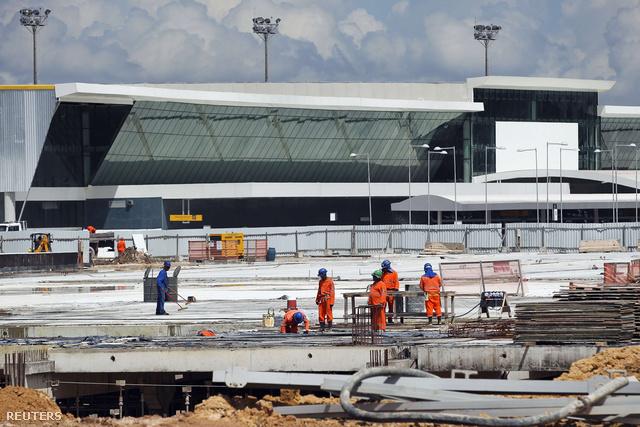 A manausi repülőtér sem készült még el