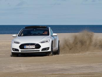 Ötből egy EV-tulajdonos visszatér a belső égésű motorhoz