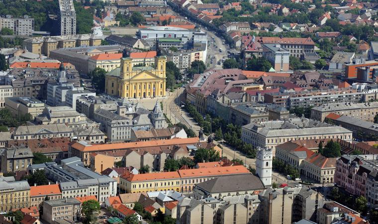 Debrecenbe kéne menni?