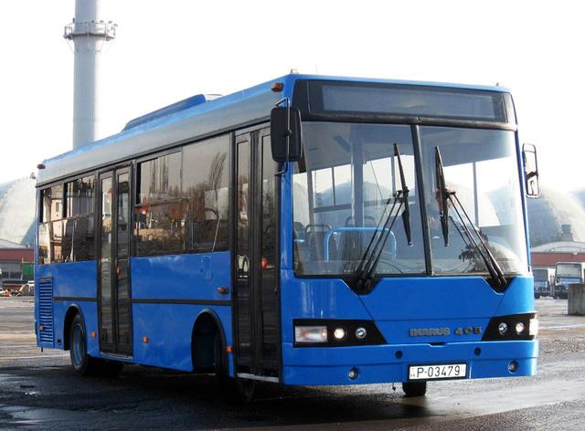 A BKV kénytelen saját úton haladni. Nem lett szépségdíjas ez a felújított Ikarus 405-ös(fotó: BKV)