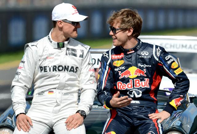 Schumacher és Sebastian Vettel 2012-ben, az ausztrál nagydíj előtt.