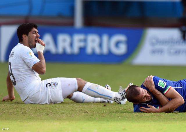 Suarez a fogát fájlalta, Chiellini a vállát