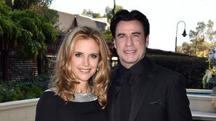 Travolta a  45 éves szcientológiai palotát ünnepelte