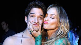 Aki melltartóra vetkőzött Jennifer Lopez kedvéért