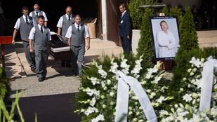 Megható temetésen vettek búcsút Bajor Imrétől