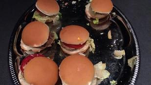 Egyen 4320 forintért hideg, löncshúsos burgert!