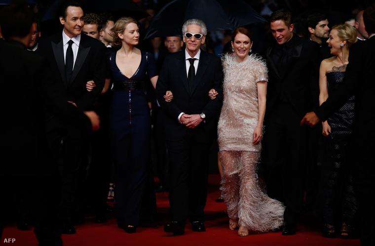 A Térkép a csillagokhoz stábja a vörös szőnyegen Cannes-ban