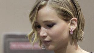 Így mutatkozott Jennifer Lawrence a botrány óta először