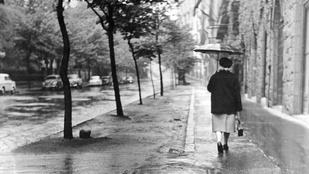 Esős Budapest régen: ezeknek a képeknek illatuk van