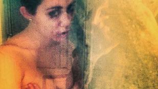 Pucér képet posztolt a zuhany alól Miley Cyrus