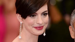 Anne Hathaway-jel durván kicseszett a hírnév