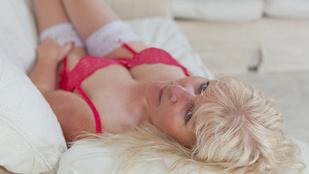 Válás utáni depresszióját bugyimodellkedéssel űzte el