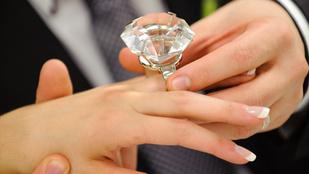 Íme az összefüggés a jegygyűrű ára és a házasság hossza között