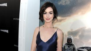 Ön szerint Anne Hathaway gyermeket vár?