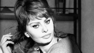 Így érezte magát Sophia Loren, amikor pisztolyt tartottak a fejéhez