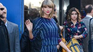 Taylor Swift dögös lába verhetetlen