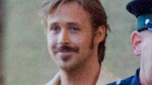Hogy áll Ryan Goslingnak a bajusz?
