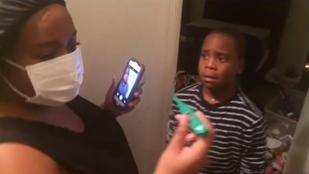 Megviccelték a gyerekeiket, hogy ebolásak