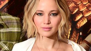 Atyaég, Jennifer Lawrence mennyire dögös!