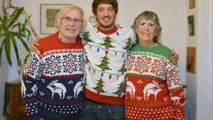 A tökéletes karácsonyi pulcsin szarvasok kúrnak