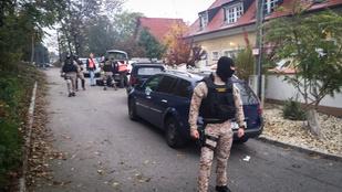 Fegyveresek csaptak le egy iskolánál Budapesten