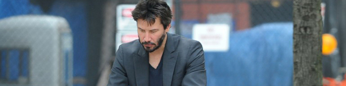 keanu-reeves-bench-sadness-shoes