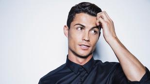 Cristiano Ronaldo feltalálta a fekete inget