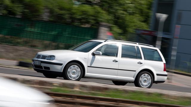A képen egy Golf IV, de nem a visszacserélt autó szerepel