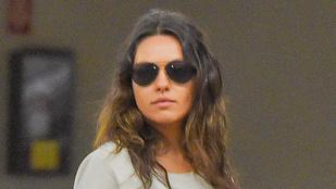 Lehet, hogy Ashton Kutcher szararc, viszont Mila Kunis jól néz ki