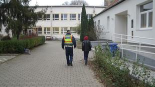 Elkapták a rendőrök az iskolakerülő 13 évest