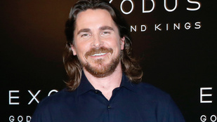 Christian Bale jóllakott óvodás lett
