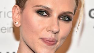 Scarlett Johansson mióta ENNYIRE kancsal?