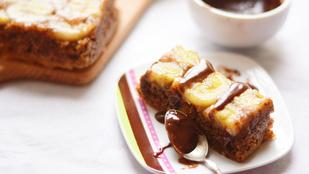 Őrjítő illatok a konyhában: banános fordított süti, csokiöntettel