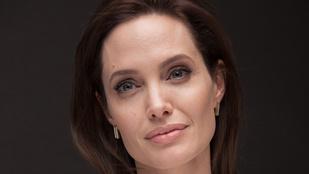 Angelina Jolie a pápánál járt